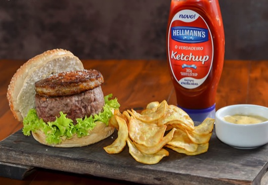 hambúrguer com foie gras Rossini Burger R$ 62,00
