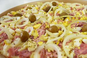 Pizza Portuguesa sem Glúten (com Massa de Tapioca)